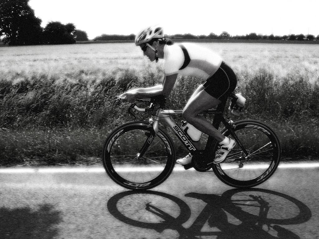 fast-bike-bw